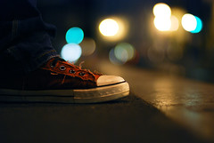 Red 1989 (NyYankee) Tags: red rome 50mm lights shoes bokeh f14 converse nikkor frontpage allstar chucks valentina