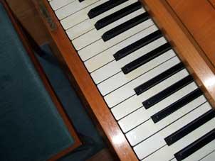 150c_Klavier