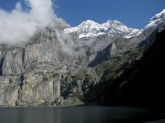 Blmlisalp Rothorn - Blemlisalphorn - Oeschinenhorn und Oeschinensee ( BE - 1`578m => Bergsee - See - Lac - Lake ) bei Kandersteg im Kanton Bern in der Schweiz (chrchr_75) Tags: lake mountains alps nature landscape lago schweiz switzerland see suisse hiking swiss natur lac berge kandersteg bern marianne alpen christoph svizzera bergsee landschaft berne berner berna wanderung wanderweg berneroberland oberland 0809 jrvi  suissa oeschinensee s kanton chrigu wanderwege kantonbern brn alpensee chrchr hurni seeli chrchr75 chriguhurni bergseeli albumfrndeschnuer2008 hurni080928 albumbergseenimkantonbern albumoeschinensee