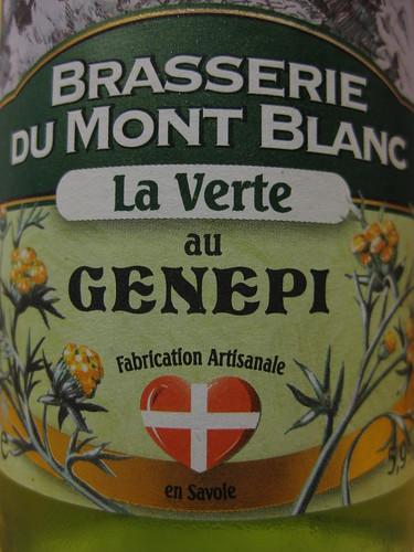 La bière au Génépi ... très légère avec un goût champêtre ;o)