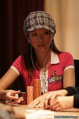 15k five diamond day3 (Liz Lieu) Tags: liz lasvegas tournament lieu lizlieu pokerdiva bellagiohotelandcasino nolimitholdem propokerplayer chilipokercom