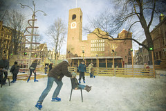 Beursplein Amsterdam (siebe ) Tags: holland texture ice dutch amsterdam nederland thenetherlands skate ijsbaan schaatsen schaats beursplein beursvanberlage amsterdamstock