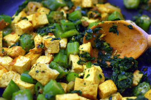tofu, spinach and okra stirfry