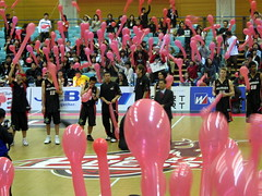 Balloons (Jetto Fuusen) After An Osaka Evessa Game - Osaka, Japan 3 (glazaro) Tags: city basketball japan balloons japanese asia stadium arena dome  osaka sendai kansai jetto fuusen kadoma namihaya bjleague evessa 89ers