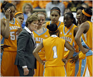 Pat Summitt Makes Tennessee a Cradle of Coaches(New York Times)