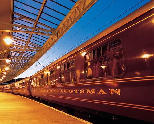 Train Chartering - Royal Scotsman at platform