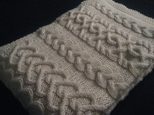 Hugs and Kisses Baby Blanket Pattern - Nicole's knits and