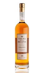 """Grappa """"Vigna della Regina"""" (Azienda Vitivinicola Balbiano) Tags: stilllife bottle wine spirit grappa strobist andezeno balbiano vignadellaregina"""