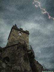 castelo de Santa Cruz (fantasía) (Isidr☼ Cea) Tags: españa santacruz castle rain lluvia spain ps galicia galiza castelo castillo oleiros nwn