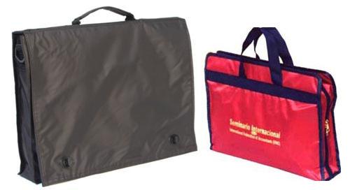 Ejemplos de maletines de congresos de plástico