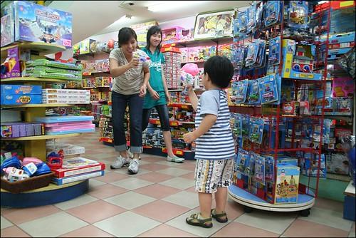 2008清明(玩具店)13