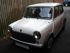 "1988 Mini 'Designer"" Mary Quant • <a style=""font-size:0.8em;"" href=""http://www.flickr.com/photos/9907391@N02/2685285429/"" target=""_blank"">View on Flickr</a>"