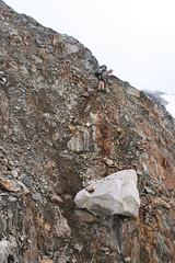 Descending crappy rock to get onto the glacier (Coastal Climber) Tags: mountaineering ramsay july08 mountaineerig