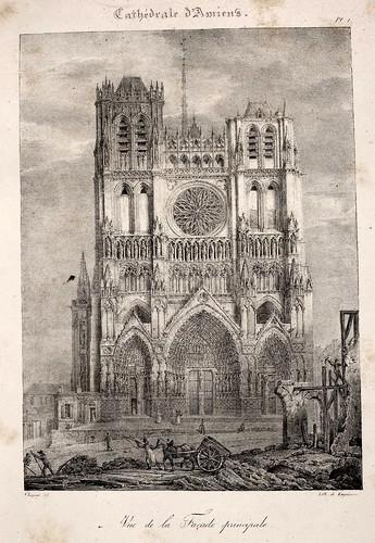 Amiens01- Vista de la fachada principal