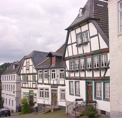 Arnsberg - Hallenstraße (Blue   Petunia) Tags: germany altstadt sauerland arnsberg sep08