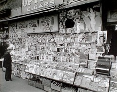Newsstand, 32nd Street and Third Avenue, Manha...