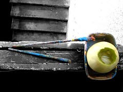 Posavasos con historia. (Felipe Smides) Tags: chile macro art history texture textura blanco ice cutout painting paint arte wine colores explore alcohol wilson felipe hielo historia texturas pincel pintura vino vinos bebida pinceles melón bibia posavaso brochas artisticexpression melonconvino instantfave mywinners abigfave aplusphoto beatifulcapture artlegacy smides fotografiasmides funfanphotos felipesmides elnáufrago