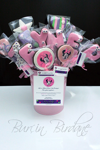 Pink Minnie Bouquet