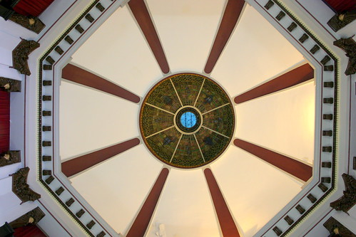 Inside the Giles Co. Courthouse Rotunda