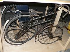 Fiets - Arnhem - Nederlands Openluchtmuseum - 01 (Robbert Michel) Tags: oktober bicycle geotagged october arnhem nederland fiets 2010 velocipede geo:lat=5200811990 geo:lon=590720650