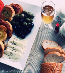 Summer lunch (Mashael Al-Shuwayer) Tags: summer food black green beer cheese digital canon bread lunch pepper eos strawberry salt spanish olives tabasco internationalfood 400d halloum mashael alshuwayer