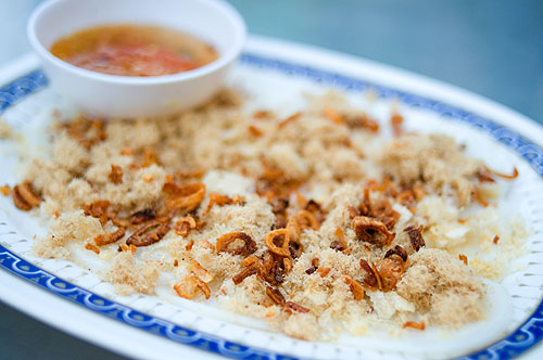 Ban baew, a Vietnamese dish at Mae Ut, a Vietnamese restaurant in Nong Khai, Thailand