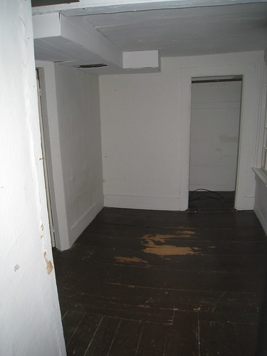 Second Floor: Small Room On Right/Guest Room