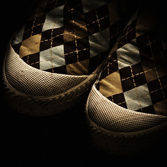 a r g y l e (bradley gaskin) Tags: canon dark square prime shoes pattern takumar australian australia icon rubber negativespace crop m42 sneaker adelaide kicks claude sa argyle iconic 135mm dunlop slipons oldglass f35 sneaks screwmount volleys manuallens dunlopvolleys 135135mm 40d supertakumar135mmf35 pentaxscrew notthatyoucanseethathereobviously daggyshoesbutilikeem anewerversionofaniconanyway notsurehowifeelaboutthislens ivehaditforawhilenow itproducesanoddbokeh illfindauseforitsomeday