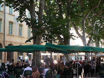 la place de l'hotel de ville à Aix.jpg