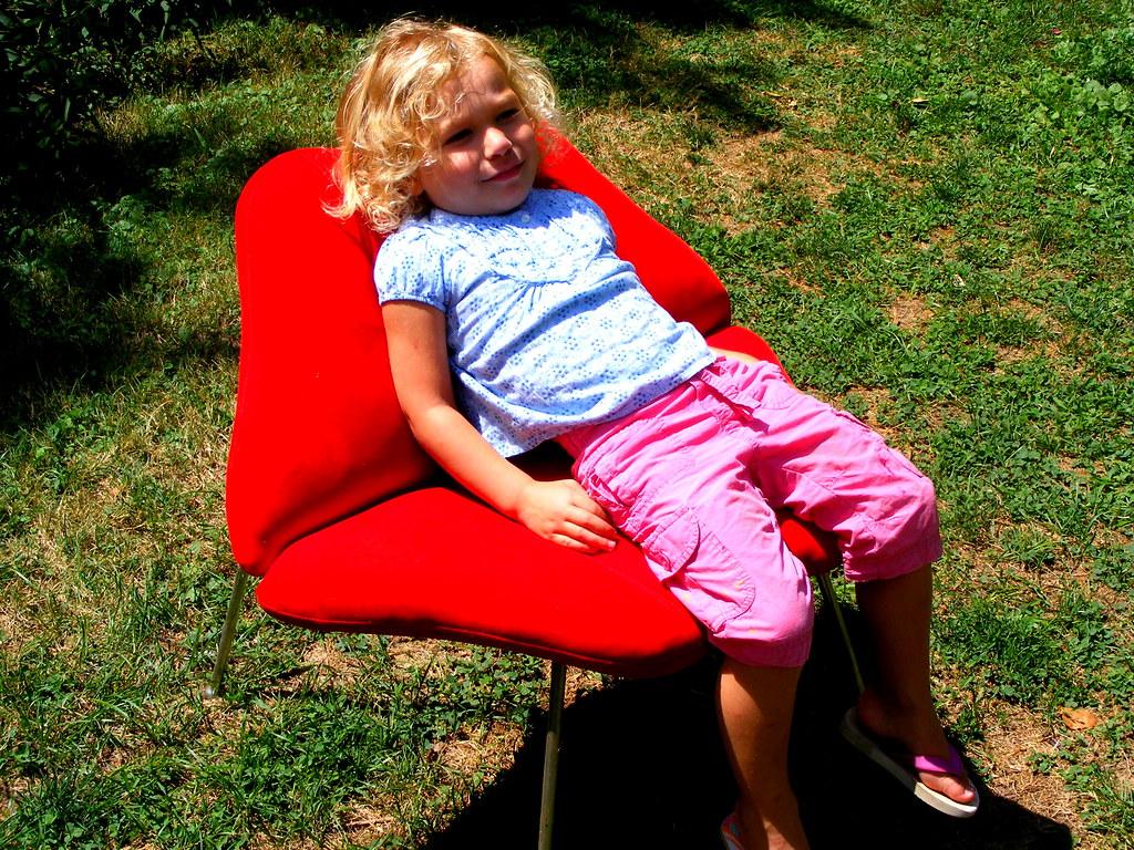 2008_08100009b Carriekues Tags Girl Chair Backyard Little Lips Curly Blonde Neighbor