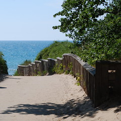 Van Buren State Park (justmakeit) Tags: lakemichigan vanburenstatepark wellokshedidspendthetimetherewritinginhertraveljournal