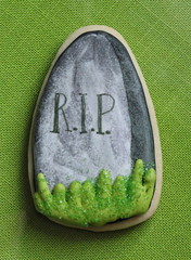 Tombstone Halloween Cookie (Whipped Bakeshop) Tags: halloween rip headstone tombstone halloweencookies zoelukas whippedbakeshop tombstonecookie bestofphilly2010 philadelphiacakescookiesandcupcakes