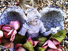 Pale Blue Angel (griffithjune49) Tags: grave angel offering sensational allkindsofbeauty