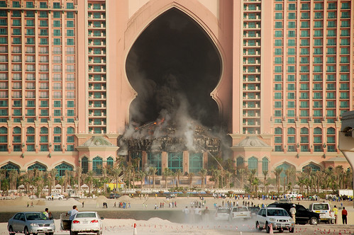 Atlantis Fire - Palm Island Dubai. Setting off for work this morning I was