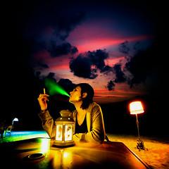 Ser por ilusiones (Ibai Acevedo) Tags: light sky color luz girl nigh