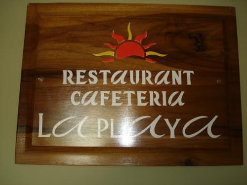 bahia-ecuador-restaurant entrance