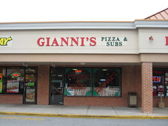 Gianni's Pizza & Subs