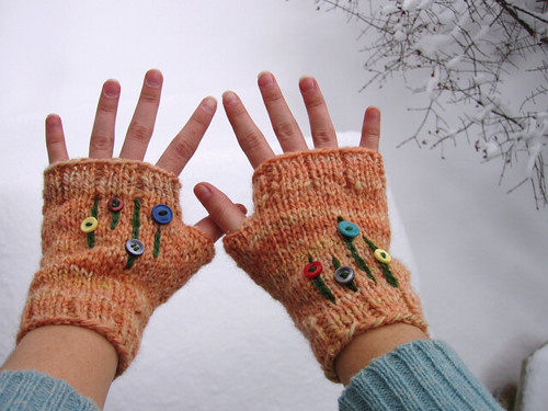 peachy mitts