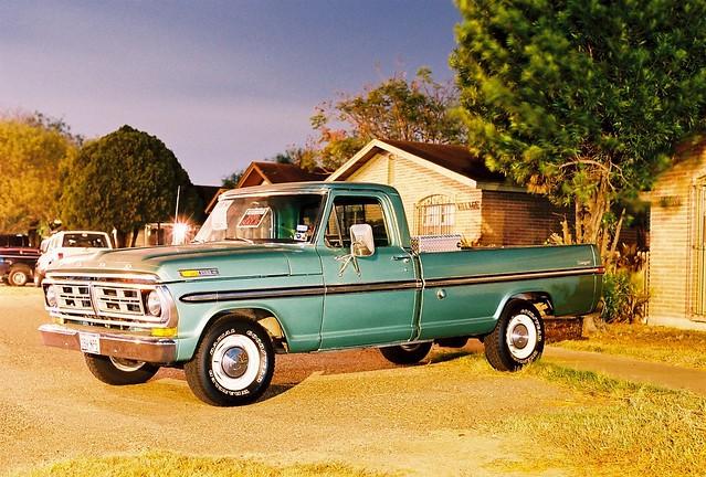 longexposure ford night truck 35mm ranger pickup f100 noflash nocrop 1972 160vc portra