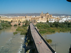 Vista de la Mezquita y Puente Romano sobre el ro Guadalquivir desde Torre de la Calahorra / Mezquita and the Roman Bridge above the Guadalquivir river view from the Tower of Calahorra, Crdoba (eszsara) Tags: bridge espaa tower church ro river puente andaluca spain guadalquivir torre view cathedral catedral mosque vista mezquita andalusia torony crdoba hd templom puenteromano mecset romanbridge calahorra spanyolorszg kilts foly catedraldesantamara torredelacalahorra katedrlis mezquitadecrdoba andalzia rmaihd catedraldesantamaradecrdoba towerofcalahorra