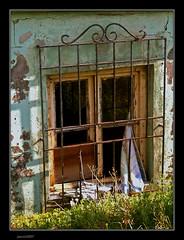 LA CHABOLA (pavon2007) Tags: espaa casa corua ciudad galicia vivienda abandonada chabola