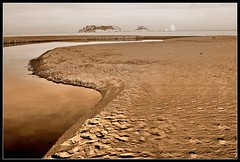 La gola i les illes (lsala66) Tags: sepia picnik illesmedes goladelter riuter