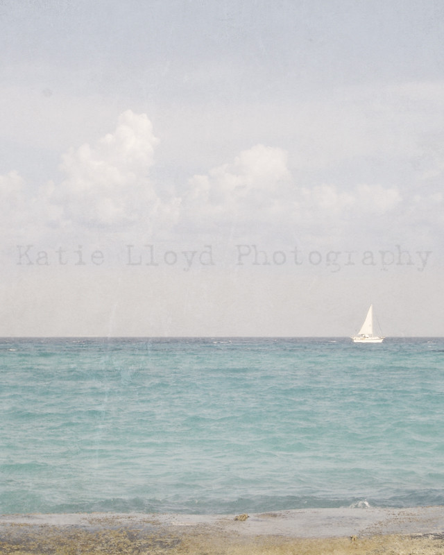 Beach-vintage-sailboat---8x
