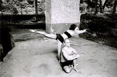 Yoga Group (Derrelição) Tags: bw film yoga nikon iso400 bodylanguage pb emptiness