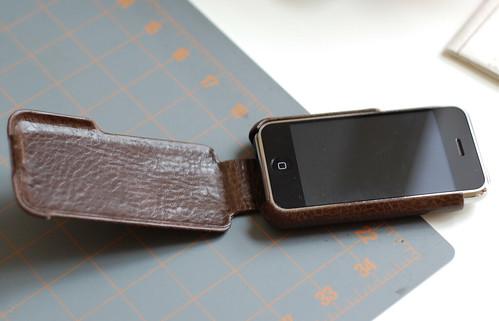 iPhone w Vaja Case 3