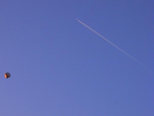 Balao e Avião