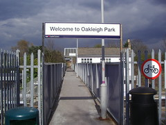Picture of Oakleigh Park Station