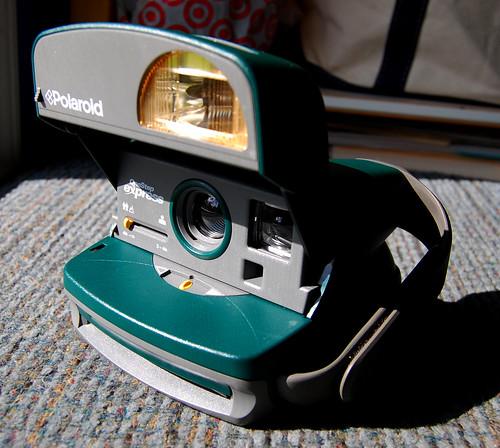 Vài em máy ảnh cổ độc cho anh em sưu tầm Yashica,Polaroid,AGFA,Canon đủ thể loại!!! - 7