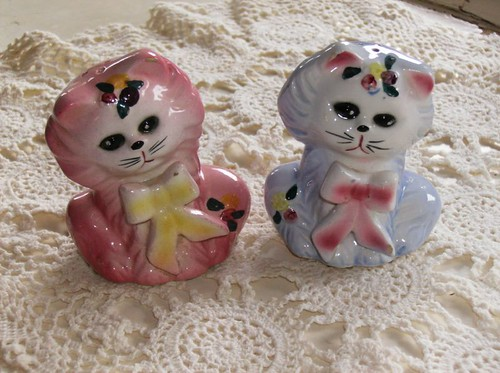 Vintage cat Salt & Pepper