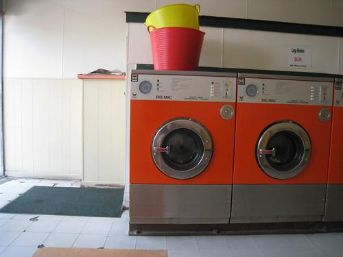 darien laundromat